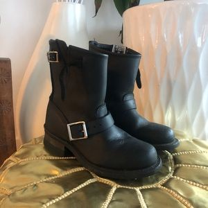 FRYE engineer 8R boots black size 5.5